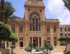 مصر اليوم - إنارة عدد من المعالم الأثرية في مصر تزامنا مع الاحتفال باليوم العالمي للالتهاب الكبدي