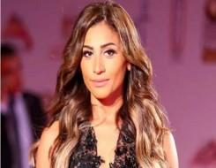 مصر اليوم - دينا الشربيني ترقص على أنغام عمرو دياب رغم انفصالهما