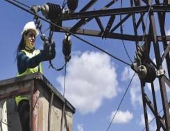 مصر اليوم - سوريا تتفاوض مع الأردن لمساعدتها على توفير إمدادات الكهرباء والغاز لتشغيل المحطات بعد خسائر بالمليارات