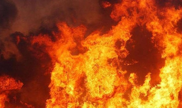 مصر اليوم - مصرع 15 مصابا بفيروس كورونا في حريق بمستشفى غربي الهند