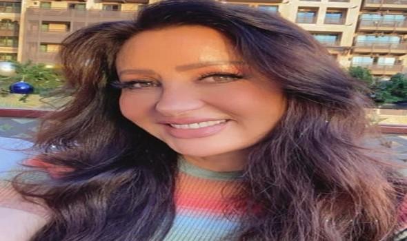 مصر اليوم - لطيفة تروج لأغنيتها الجديدة الأستاذ بطريقة الفيديو كليب