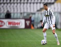 مصر اليوم - رونالدو يتسلم شهادة غينيس لأكثر اللاعبين تسجيلا مع المنتخبات