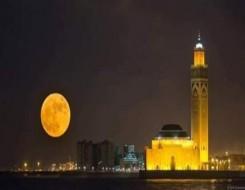 مصر اليوم - مسجد تحت الإنشاء بنقوش وزخارف فرعونية يثير الجدل في مصر