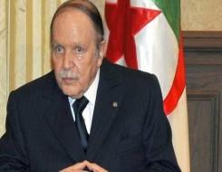 مصر اليوم - بوتفليقة يوارى الثرى إلى جانب أبطال حرب الاستقلال في الجزائر وتبون يتقدم الجنازة