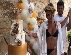 مصر اليوم - نادين الراسي تخطف الأنظار في ملابس السباحة